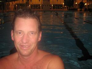 Michael Korsgaard jobbar i prototypverkstaden på Sandvik Coromant och hjälper dessutom till på Coromants eget gym. I går simmade han på Parkbadet för Coromantklassikern.
