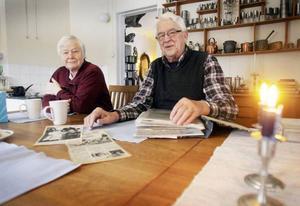 – Vi älskar vår bygd som är ett andningshål för alla, säger Alvar och Ulla Johnsson som sedan 1993 bor i den 200 år gamla byn Vågdalen.FOTO: BENGTERIC GERHARDSSON