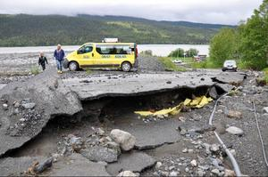 Lundsgårdsvägen förstörd.