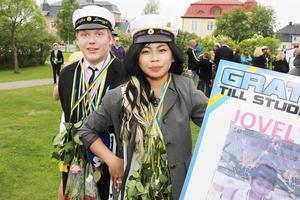 Jovelyn Novela från Fjällnäs och Kristoffer Janczyk från Sveg har båda gått på Vemerskolan i Hede.