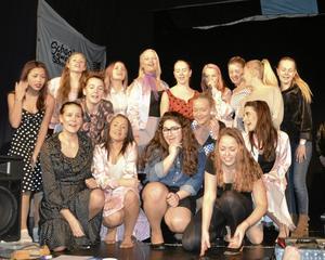 Elever från Kumlaby skola repeterar inför premiären av