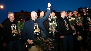 Vedran Bosnic sken ikapp med valborgsmässoelden när Kings firades.