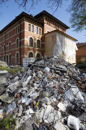 Juni 2008 havererade lägenhetsbygget i Stadt i Norrtälje. I oktober samma år gick Sweden properties group, bolaget bakom projektet, i konkurs.