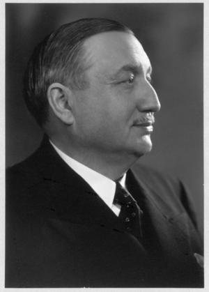 Raoul Nordling, svensk generalkonsul i Paris som medlade mellan Tyskland och Frankrike vid Paris befrielse 1944, och bidrog till att staden inte förstördes.