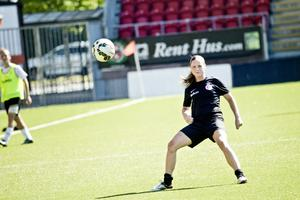 Hanne Gråhns beskriver hur hennes roll i Kif Örebro har växt sedan hon kom dit. Nu hoppas hon att hennes landslagsuttagning ska ge extra motivation till de yngre i klubblaget.