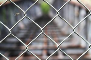 I dag är de gamla Edängebroarna låsta och igenbommade i väntan på att beslut ska tas om deras framtid.