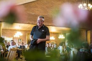Lennart Hallstensson fick alla ögon på sig när han visade upp säsongens nyheter, snacka om kvinnomagnet.