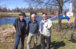Föreningen Dalkarsvägens Jan-Olof Montelius, Lennart Hökpers och Anders Westerberg, samlade i Stjärnsund.