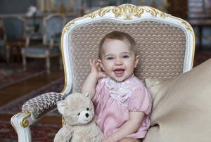 I dag firar prinsessan Leonore sin första födelsedag.