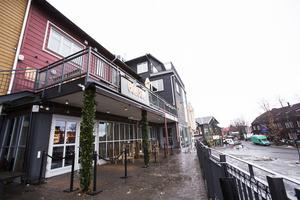 Den 16 december öppnade Bombom upp restaurang, bar och nattklubb.