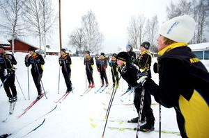 Korsnäsungdomar under en träning vid Pumpen. Foto: Kjell Jansson/Arkiv