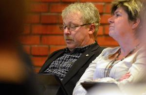 Erik Thunefors (C) vill utreda om kameraövervakning kan vara ett alternativ till nattpatrullen.