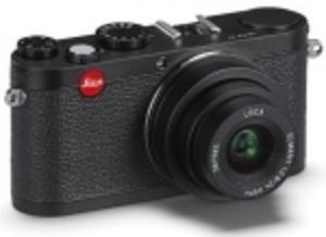 Leica X1 kommer i helsvart