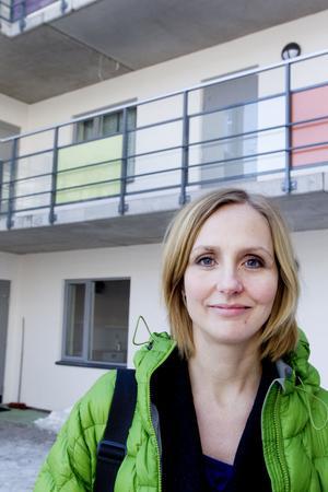 """gör allt. """"Vi gör allt vi kan för att hyresgästerna ska känna sig trygga"""", säger Jenny Glumoff, marknadschef på Sandvikenhus."""
