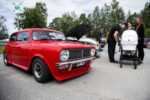 Martin Gidlunds röda ombyggda BMC Mini Clubman från 1971 kan ha varit den minsta bilen under dagen.
