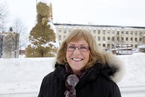 Karin Moström-Skoog, Gävle, 60+:– Ja, det tycker jag. Den är så fantastiskt fin och vacker. Men skulle den inte brinna då och då, vore den nog inte så känd.