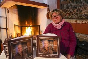 Catharina Hellström från Vemdalen sålde sin bok om Vemdalen och Klövsjö som hon gjort tillsammans med Bosse Yman och Jocke Lagercrantz.