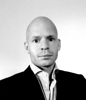 Filosofen Marcus Agnafors är verksam vid Högskolan i Borås och har formulerat ett filosofiskt försvar för samvetsfrihet i Sverige.