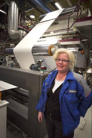 Bea Tomassen fortsätter som plastchef i Ström. Styrkan hon basar över krymper med drygt tjugo procent