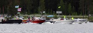 Klara, färdiga, åk! 104 båtar deltog i årets Storslok i Stugun.   Foto: Jan-Owe Johansson