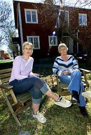 Foto: STEFAN ESTASSYStöd. Sara Ericsson och Annika Borgström är gruppledare för barn som lever med missbrukande föräldrar. I Sandviken finns sedan årsskiftet en barngrupp, men behovet är stort. 30 barn står redan på kö för att delta. Till hösten utökas verksamheten till tre grupper.