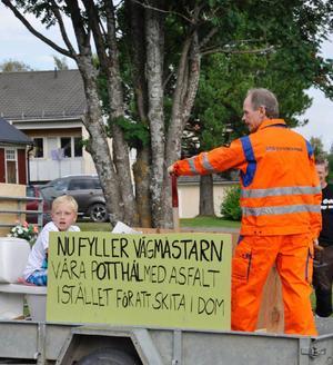 Ett snällt Joeltåg, där myndigheterna kan andas ut, utom kanske Trafikverket.
