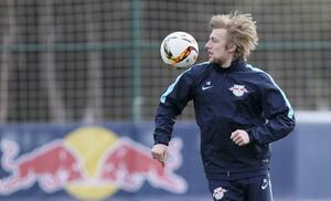 Emil Forsberg i aktion under RB Leipzigs träningsläger i turkiska Belek.