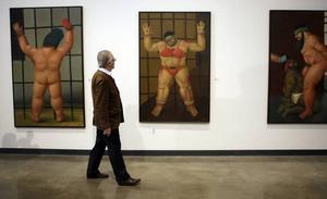 Och konstnären Fernando Botero i sin utställning där han målade Abu Ghraib.