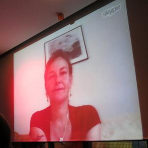 Anna Carin Zidek (Olofsson) var med via Skype-telefon med bild från Kanada, där hon är under mammaledigheten. ACO är tillbaka i Lillhärdal och Sveg efter nyår. Med sitt OS-guld och silver samt VM guld i mixed  och andra medaljervar hon förstås självskriven bland de nio första i Hall of Fame.