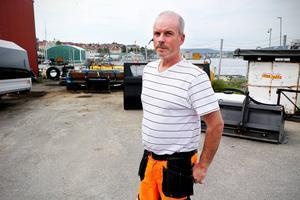 Patrik Göstasson, åkerifirmans ägare, utlyser en belöning på 10 000 kronor till den som lämnar ett avgörande tips så att han kan få tillbaka stöldgodset.