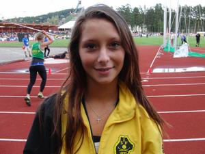 Angeliqua Lafon får jaga 40 meter i nästa tävling...