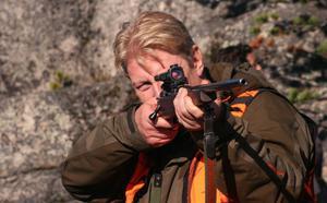 """Rolf Lassgård har inte tappat stinget. Hans rollprestation i """"Jägarna 2"""" sågs av mer än en halv miljon biobesökare 2011."""