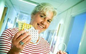 Karin Larsson är barnmorska på ungdomsmottagningen i Falun. Hon är nöjd med de nya subventionerna. Hon tror att det gör att flera kommer att kommer att välja att använda preventivmedel. Foto: Sofie Lind