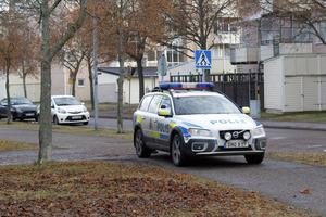 Polisbil i Hemsta.