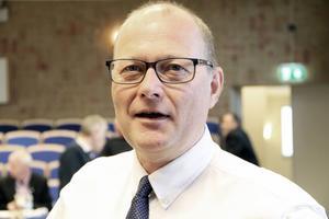 Det vi har problem med är behörigheten till gymnasiet. Där ligger vi på en för låg nivå, säger Håkan Englund (S).