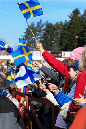 Folkfest. Flaggorna vajade i vinden på Lugnet i helgen.