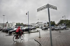 Några skyltar, dock inte dem på bilden, har hamnat i blåsväder i småländska Älmhult.