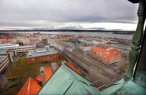 Utsikten går inte att klaga på från Rådhusets högsta topp, 51 meter över marken.