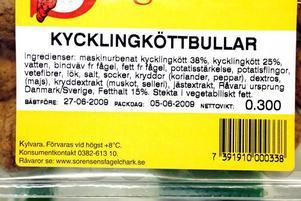 Helgardering. Köttet kommer från både Sverige och Danmark. Troligen köper tillverkaren där det är billigast för dagen, och har bara råd att göra en uppsättning etiketter.