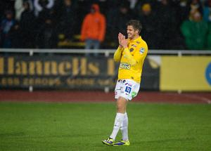 Andrés Thorleifsson i Falkenbergs gula tröja.