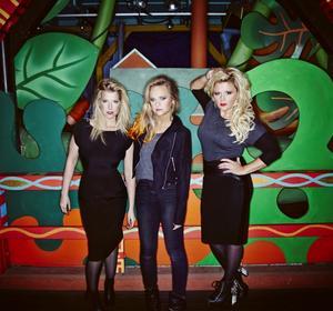 Frida Öhrn, Charlotte Centervall och Linda Ström utgör Cookies n Beans, som i kväll gästar Härnösand.