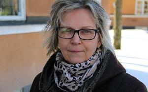 Agneta Andersson betonar att rollen som kvinnofridsrådgivare är en stödperson och inte en myndighet som kan fatta beslut. Foto: Karin Sundin