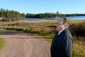 Leo Persson brinner för byarna på Finnmarken. Bystuga, fiber och nu hoppas han kunna ro iland en lösning så skoteråkare åter ska kunna tanka bensin i Nornäs.