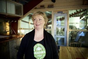 Eva Andersson på Mora bryggeri är glad över att de tog hem två priser i Stockholm.