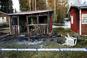 Stugan vid Linnebäcks camping blev helt utbränd.