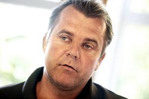 """""""Att ha fungerande järnvägstransporter är livsnödvändigt i konkurrensen mot andra hamnar""""Fredrik Svanbom,vd för Gävle hamn."""