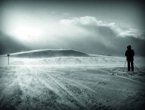 Här är en av bilderna som är med i Pierinas bok. Den är tagen vid Servejaure, mellan Servestugan och Tärnasjöstugan år 2012.