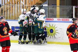 ishockey. ÖIK:s framgångsrika 94:or har vunnit många turneringar den här vintern. Marklunds Cup blev inget undantag, seger mot hemmalaget Brunflo i finalen med 4–1.
