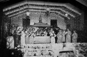 Tuberkulosföreningens basar 1927. Väldigt många hjälptes åt för att samla in pengar till barnkolonin i Skåne.