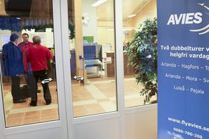 Det stora samtalsämnet på Härjedalens flygplats i Sveg i dag, Avies vann upphandlingena av flygtrafiken fram till 2019.